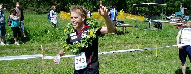 Vinnaren av 2010 års Skatås X-trail efter sportseger mot Johan Modig.